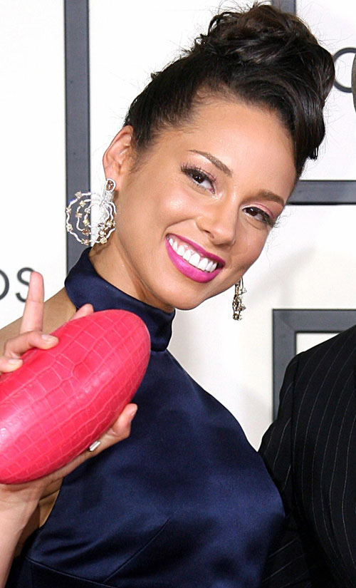 alicia-keys-grammy-2108-11.jpg
