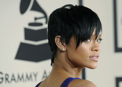 rihanna-grammy-awards-2008.jpg